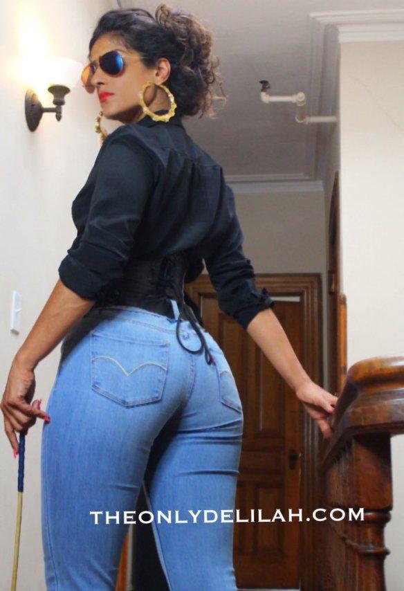 Delilah jeans overshoulder view